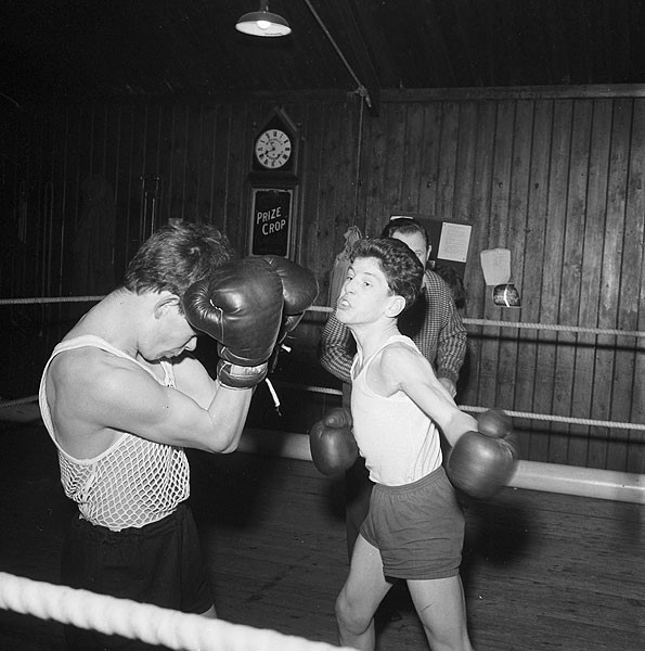 Boxing and copywriting